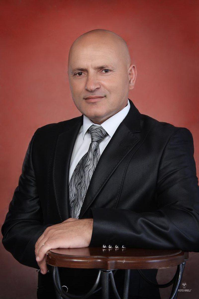 Si duhet gjykuar fenomeni Dritan Abazoviç?