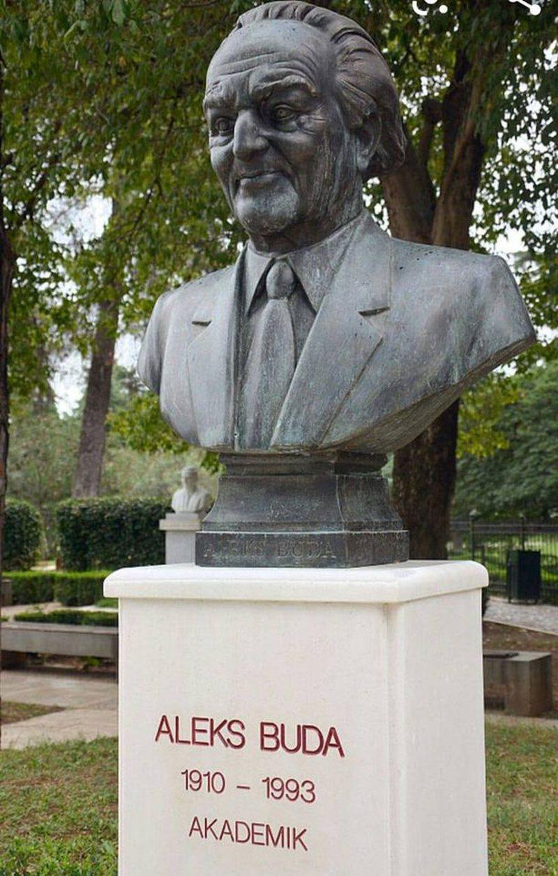 Akademia e Shkencave nderon Aleks Budën, ish kryetari i parë i saj