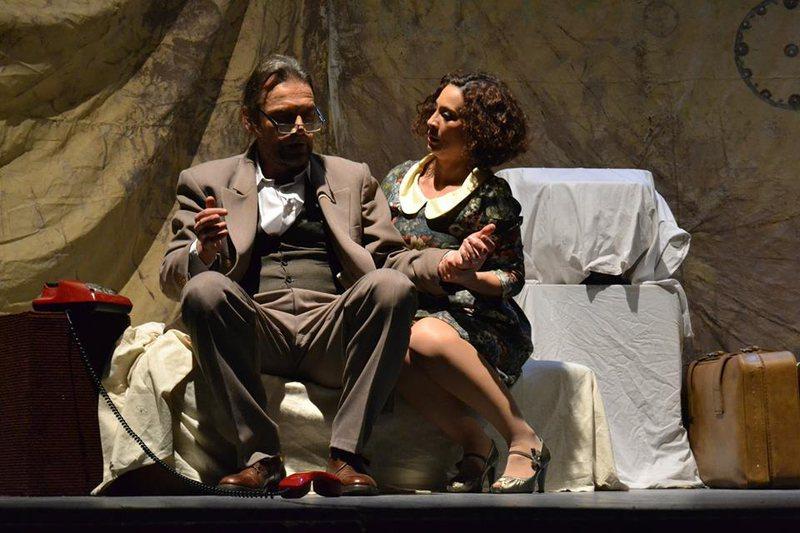 """Alfred Trebicka dhe Rozi Kostani, me shfaqjen """"Ata hyjnë pa"""