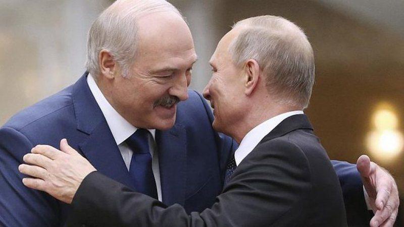 Protestat në Bjellorusi, Lukashenko nuk dorëzohet, takohet me Putin