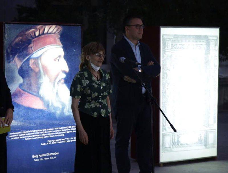 """113 vjetori i lindjes së Mitrush Kutelit, botohet libri """"Vargje"""
