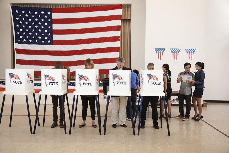 Edhe 50 ditë larg zgjedhjeve në SHBA, rritet rreziku për votim