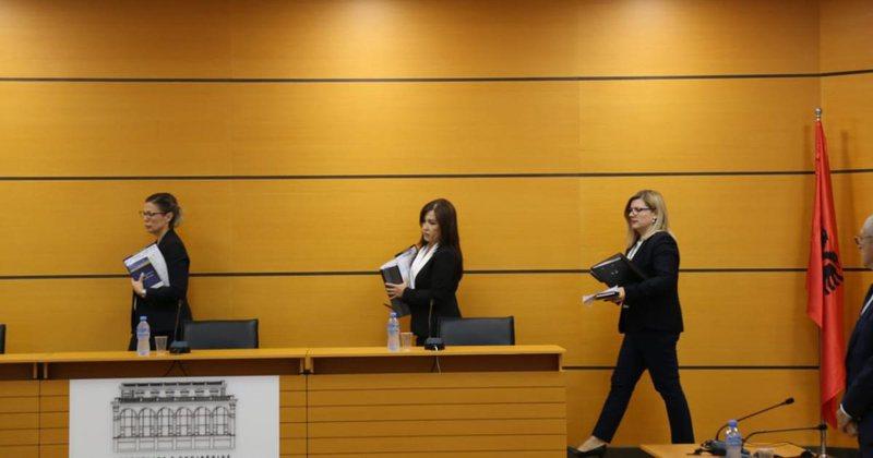 Vetingu, shkarkohet nga detyra prokurori Alket Mersini, konfirmohet në