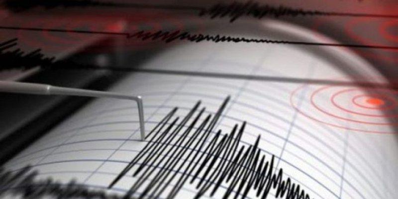"""""""Akoma po dridhem"""", tërmeti i fuqishëm zgjon të"""