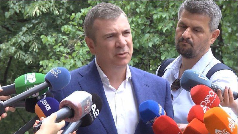 Përfundon mbledhja e Këshillit Politik, Damian Gjiknuri del me