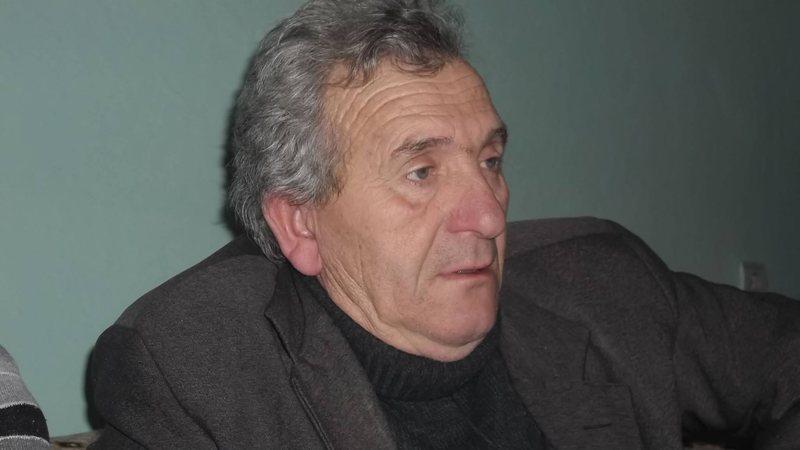 Politika është opium për shqiptarët