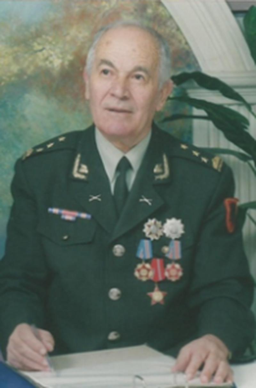 Ushtri për mbrojtjen e sovranitetit territorial apo për mbrojtjen