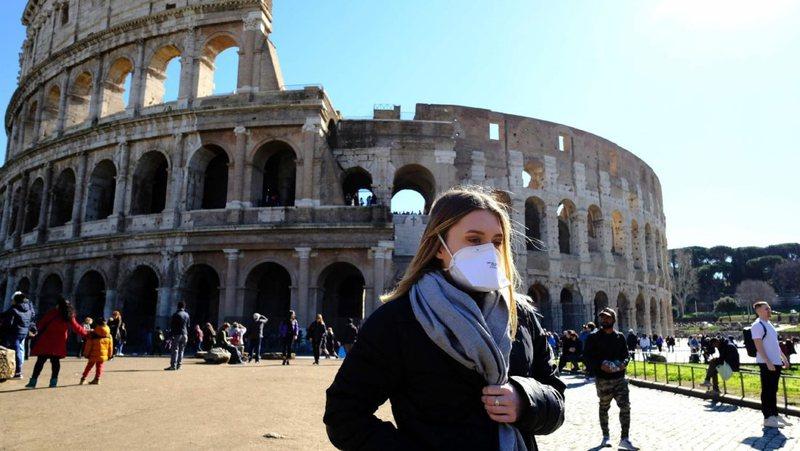 Mbi 10 mijë raste të reja me koronavirus në Itali