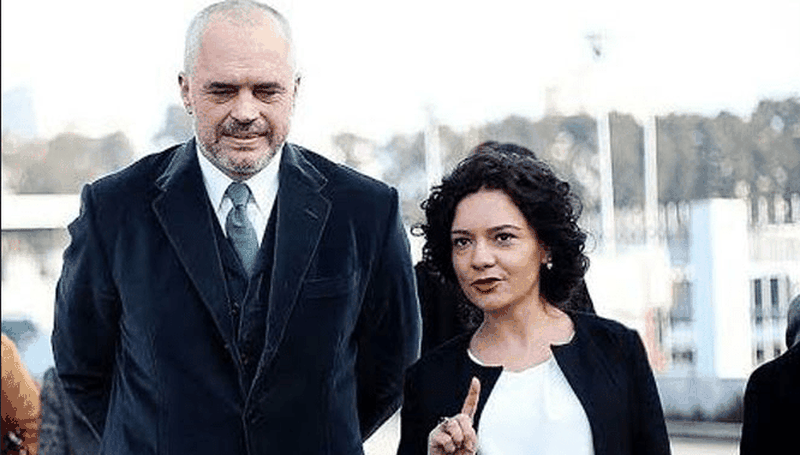 Elisa Spiropali reveals the birthday gift given by Prime Minister Rama -  Politike