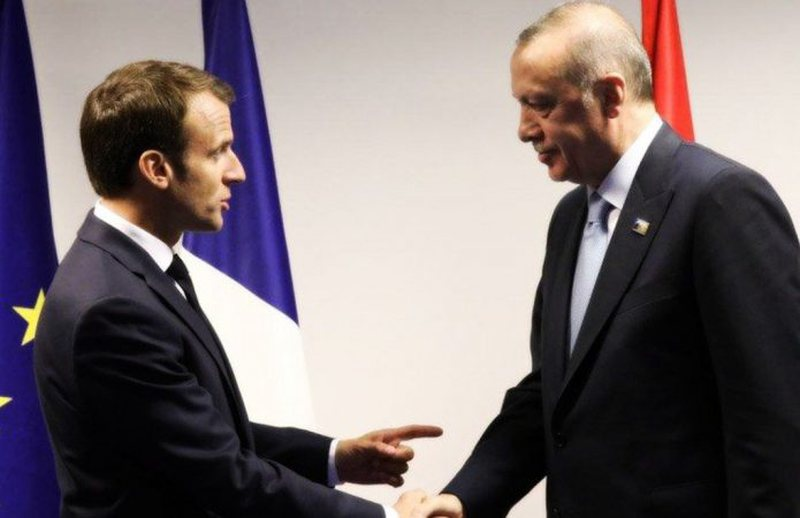 """""""There is a need for mental treatment"""", France-Turkey relations at the"""