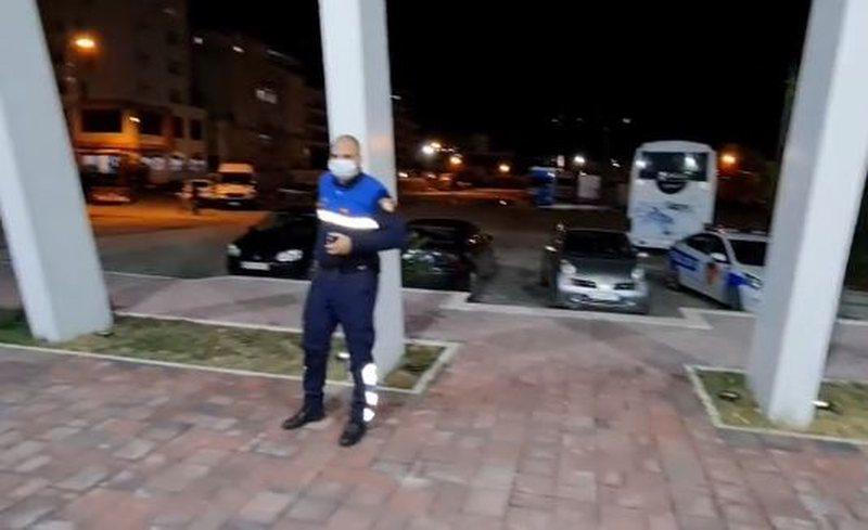 Ndodh ngjarja e pazakontë në Portin e Vlorës! Habitet gazetari, i