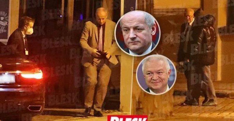 E kapën në një restorant, kryeministri shkarkon urgjent ministrin