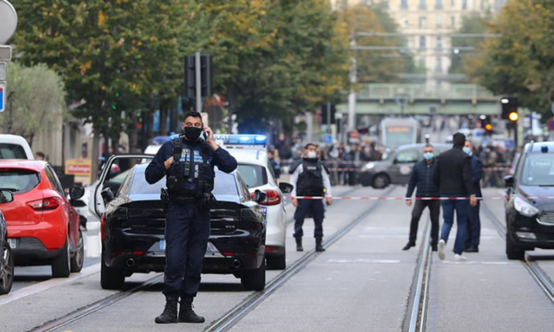 Horror në Francë/ Rritet numri i viktimave dhe të plagosurve, dy