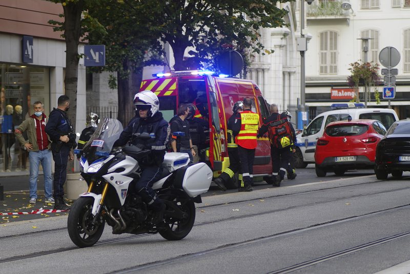 Terrorist attack in France, 3 people killed with a knife in a church in Nice,