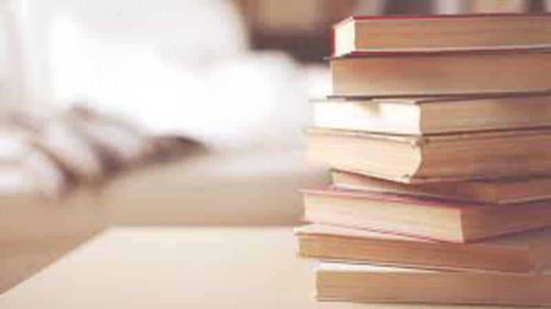 Botues dhe autorë: Vit i vështirë, zhvillimi i edicionit të