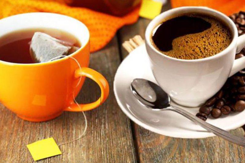 Jeni në dilemë se kë të zgjidhni, kafen apo çajin? E