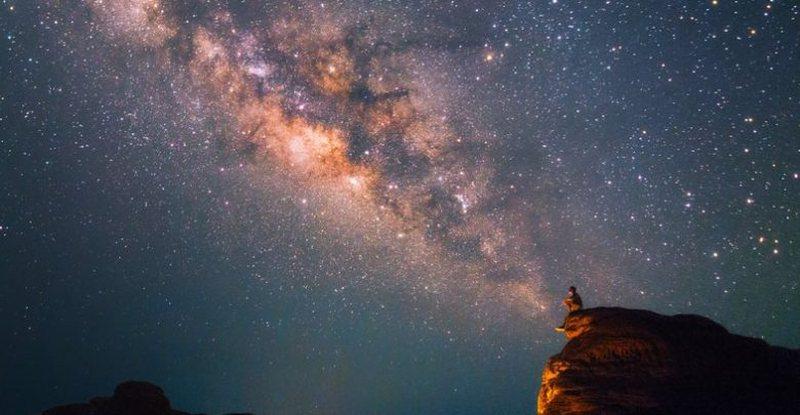 Yjet tepër premtues për 2021, astrologët zbulojnë 3 arsyet