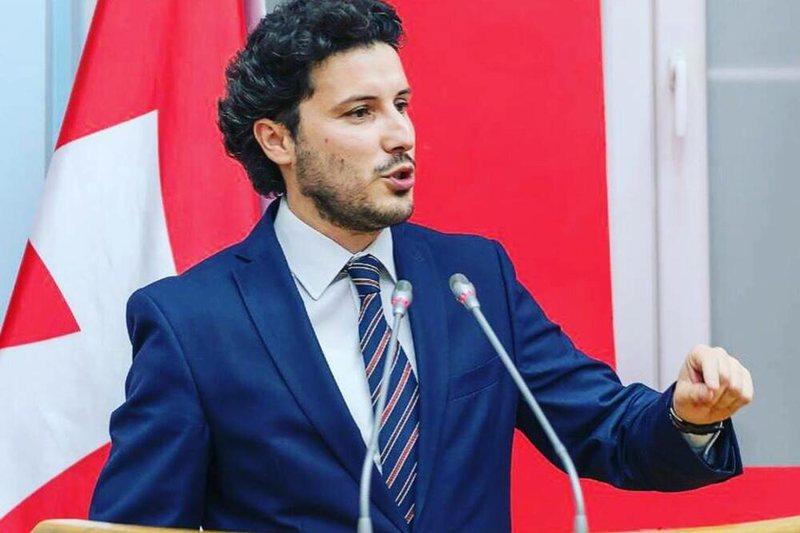 """""""Më ofruan 21 milionë euro për të..."""", shqiptari"""