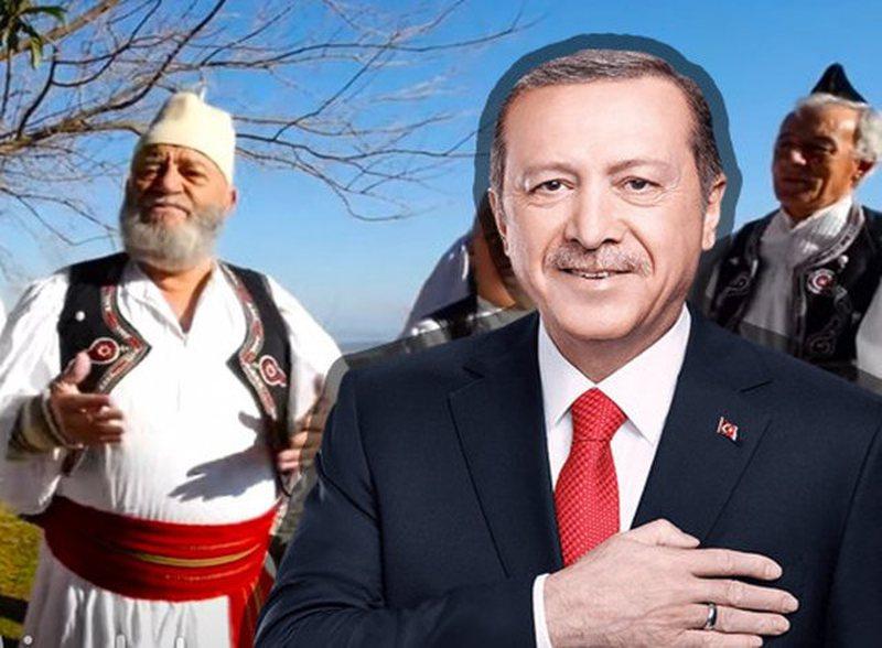 """""""Erdogan nuk bën më nëna""""/ Grupi iso-polifonik i"""