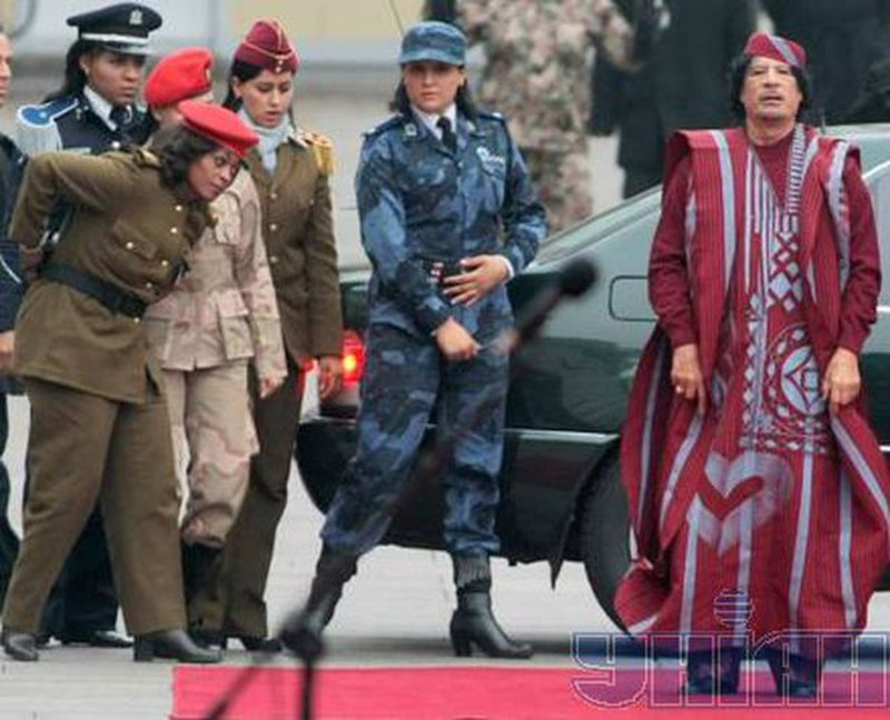 """""""I will be everything to you"""" / The horror details from 'Gaddafi"""