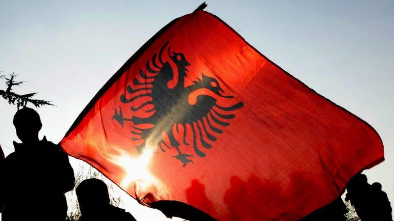 A e duam veten ne shqiptarët?