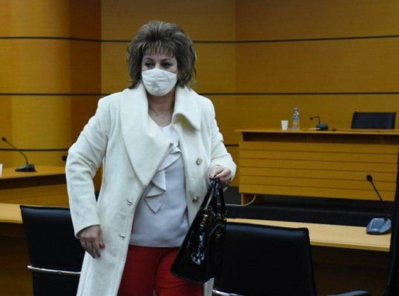 Pas tre dekadave karrierë, gjyqtarja e Tiranës merr lajmin e keq