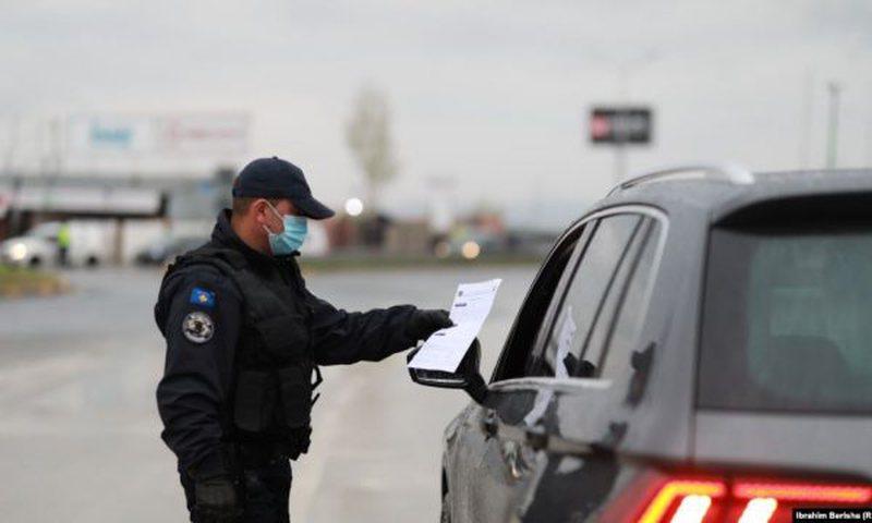 Policia me dorë 'të hekurt', ndëshkon me gjobë