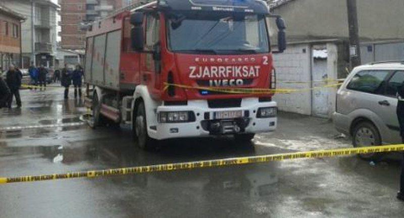 E rëndë në Tiranë/ Merr flakë godina e shërbimit