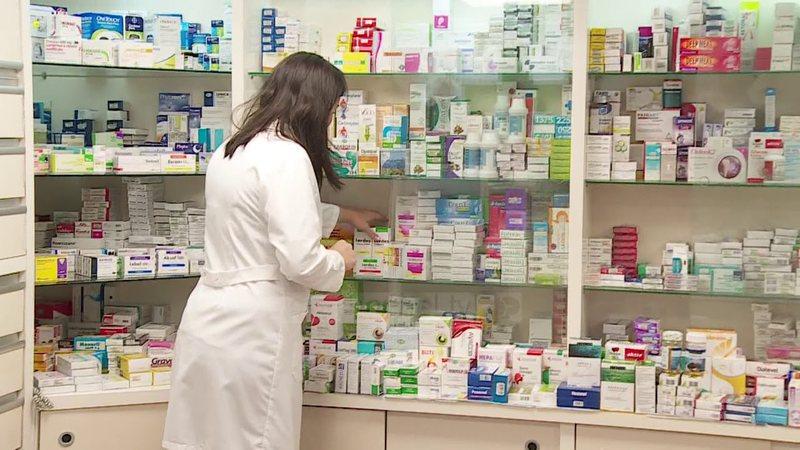 Plas skandali, ilaçet që hidhen në treg nuk analizohen,