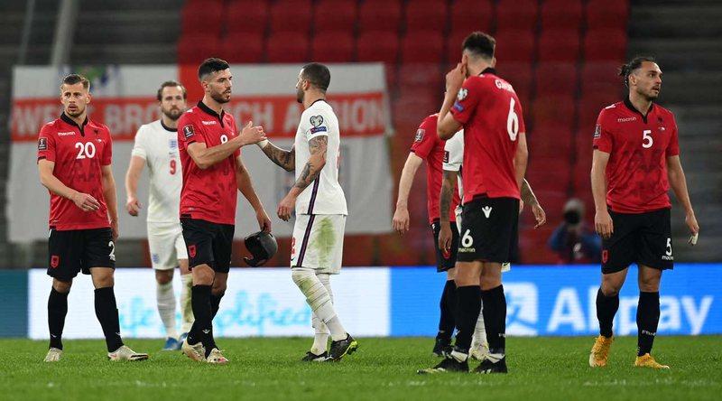 Kombëtarja e shqetësuar pas humbjes me anglezët, fitorja detyrim