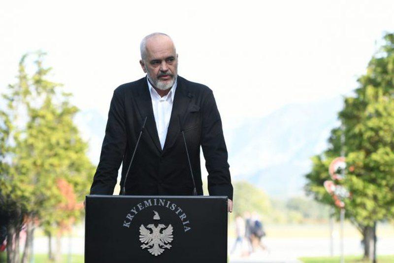 Bllokimi i fluturimeve në Rinas, Rama akuza Metës dhe Berishës