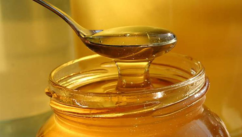 Consume a spoonful of honey every morning and you will be surprised by what will