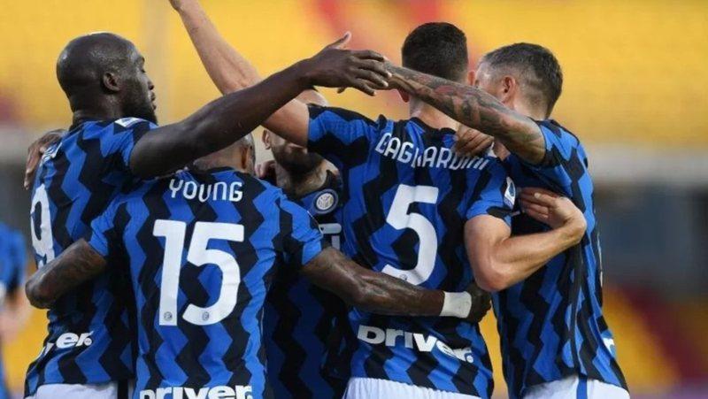 """Koronavirusi ka """"mbërthyer"""" futbollin italian / Shkon në 5"""
