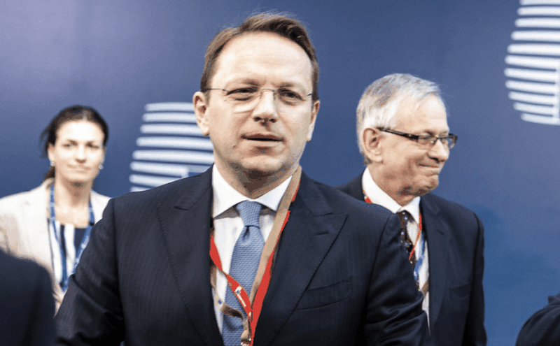 Zgjedhjet në Serbi, reagon komisioneri evropian Varhely, dërgon mesazh