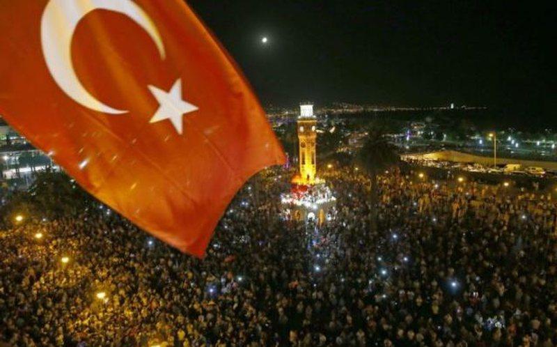 Përpjekje për të vrarë Presidentin Erdogan/ Grushti i