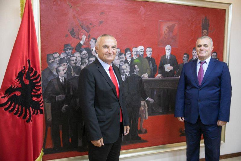 Zgjedhja e kreut të ri/ Bujar Leskaj, në zyrën e Presidentit Meta