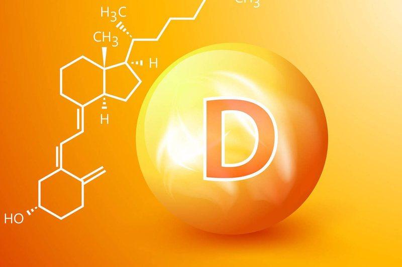 A mund të ndihmojë vitamina D kundër Covid-19? Universiteti i