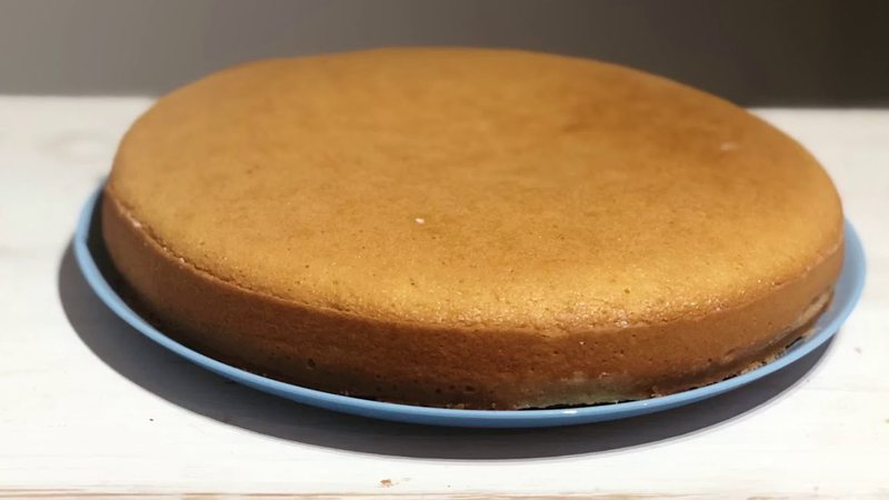 Do you want to cook as a pastry chef, here is the recipe for making sponge cake