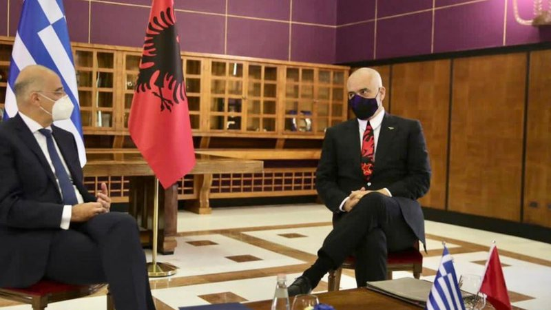 Greqia dhe Shqipëria i drejtohen Hagës për detin, Zëri i