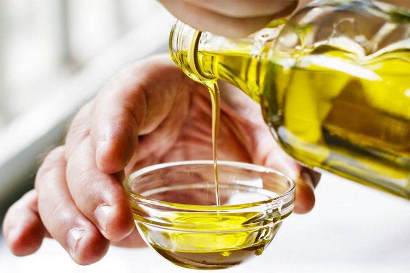Si të përdorni vajin e ullirit për shëndetin e