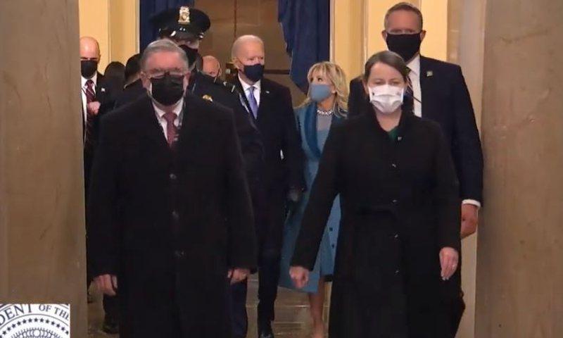 Menjëherë pas ceremonisë së betimit, Biden bën