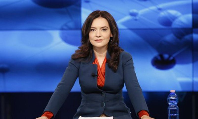 The issue of data from e-Albania, Elisa Spiropali explains what patronage is and