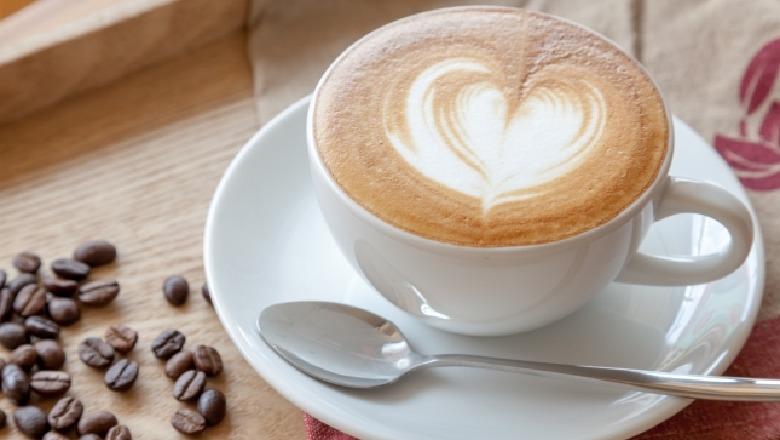 E nisni ditën me një filxhan kafe? Lexoni më parë efektet e saj në ...