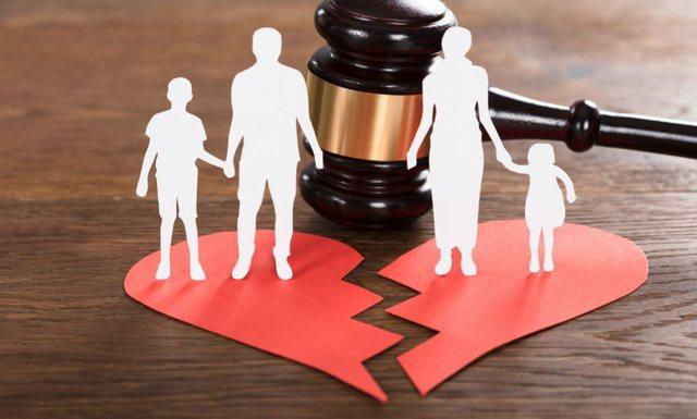 Pse çiftet e sotme divorcohen kaq shpejt, 3 arsyet kryesore që çojnë në fundin e një martese
