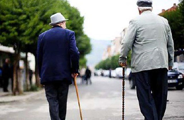Plakja e popullsisë presion mbi skemën e pensioneve