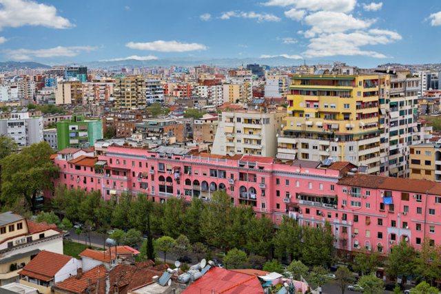 Tirana më e pasura e Shqipërisë, po qyteti më i varfër