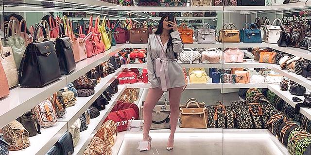 Asnjërën nga çantat e Kylie-t s'do doja