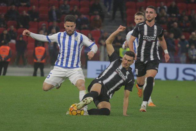 Tirana nuk di të ndalet, gabimi i portierit të Laçit i fal
