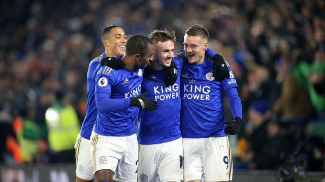 3 lojtarë të Premier League në karantinë, dyshohen si