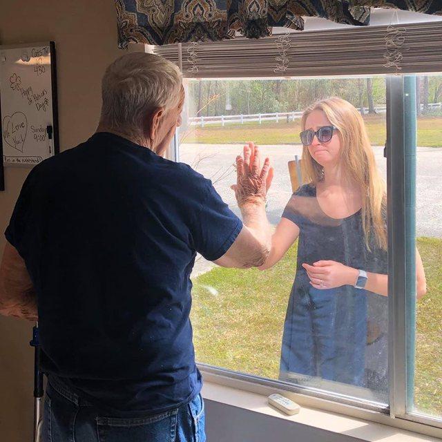 'Gjysh, jam fejuar'. Historia e trishtë dhe mesazhi që